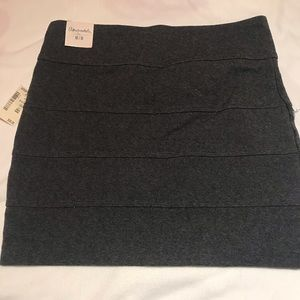 New Pleated Bodycon Mini Skirt Gray